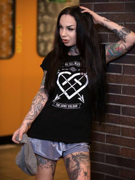 We all bleed Extended. Shirt [black]